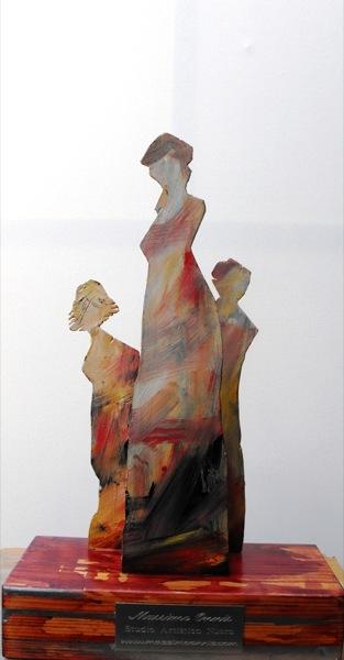 tra donne scultura 42x27x13